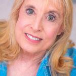 Michele Schultz Headshot